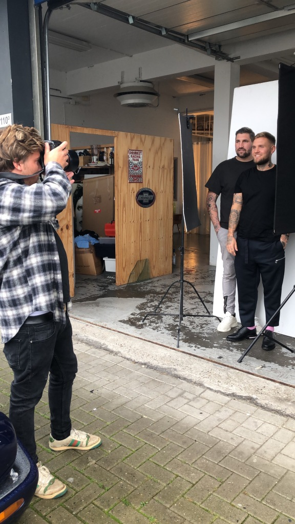 Cooper Seykens fotografeert Eric Franzel en Victor Franzel voor JFK Magazine.