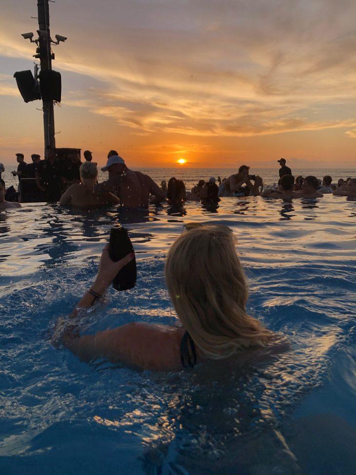 Sunset Finns Bali