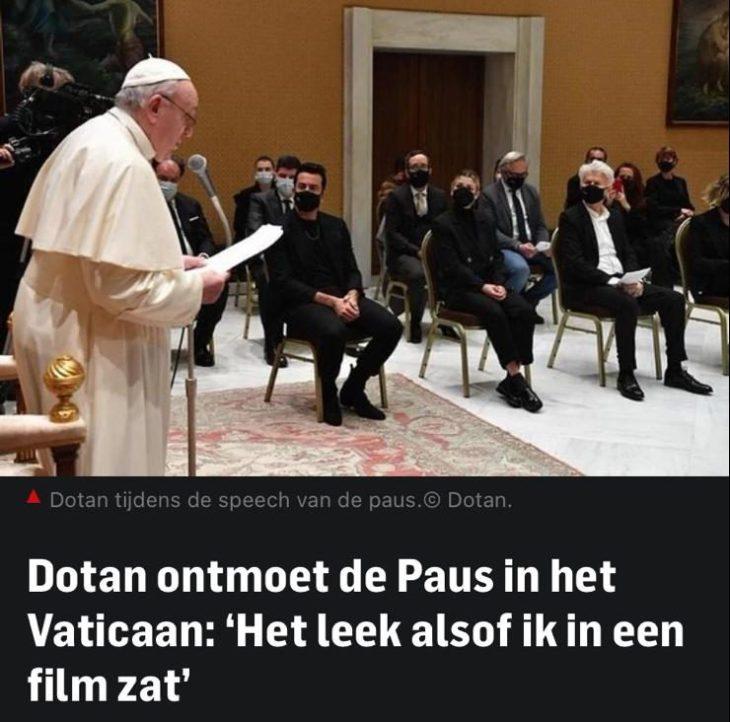 Dotan ontmoet de paus in het Vaticaan